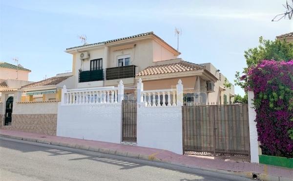 Quatro House In Los Altos