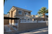 525, Detached Villa In Los Altos
