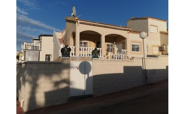Detached Villa In Las Palmeras, Los Altos