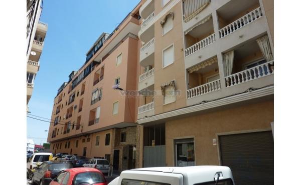 2nd Floor Studio Apartment in Torrevieja