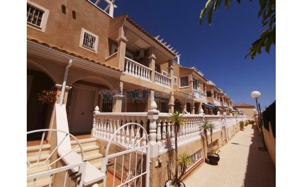 Terraced House in Las Chismosas / La Florida