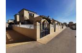 222, Quatro House in Don Sancho, Los Altos