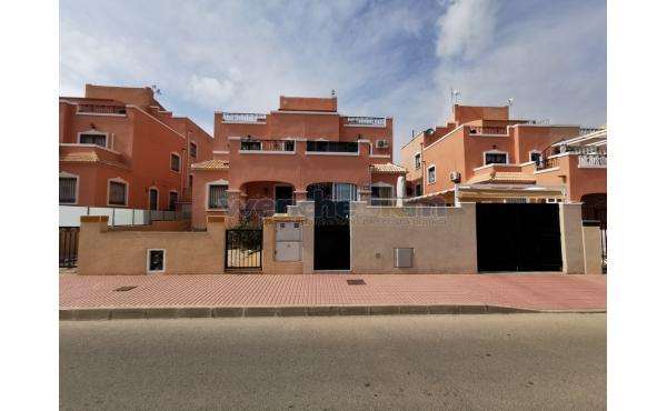 Quatro House in Entre Golf, Villamartin