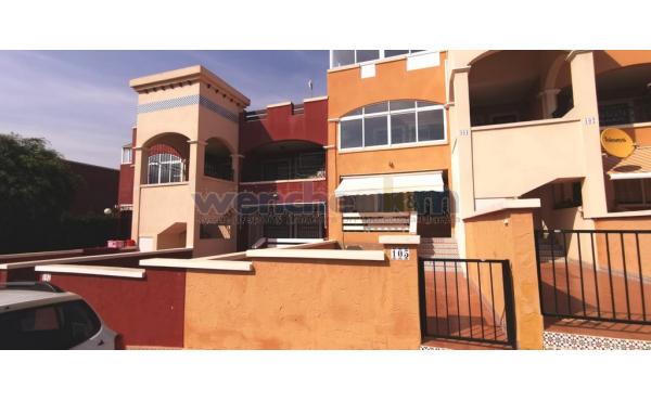 Ground Floor Bungalow Apartment in Los Altos